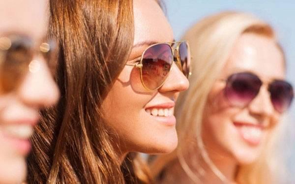 Bảo vệ đôi mắt trước các tác động của môi trường là cách ngừa lão hóa da vùng mắt