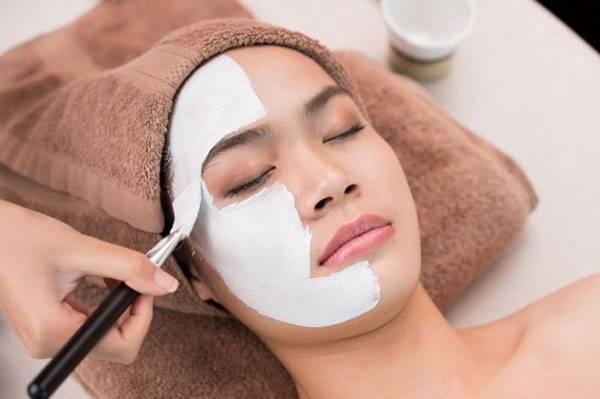 Phương pháp ủ trắng da mặt là gì?