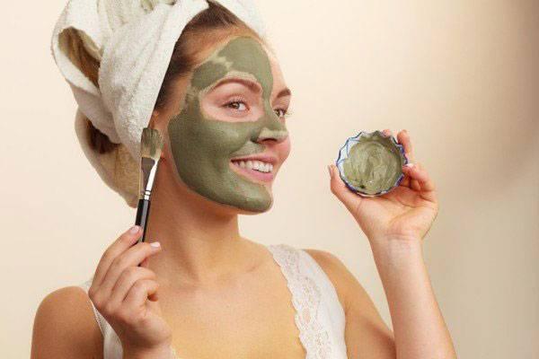 Cách làm hết chất nhờn trên da mặt bằng mặt nạ đất sét