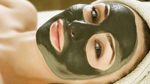 Đắp mặt nạ rong biển giúp giảm quầng thâm và nếp nhăn ở mắt